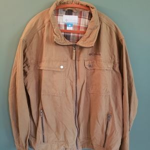 Excellent condition Columbia utility jacket.